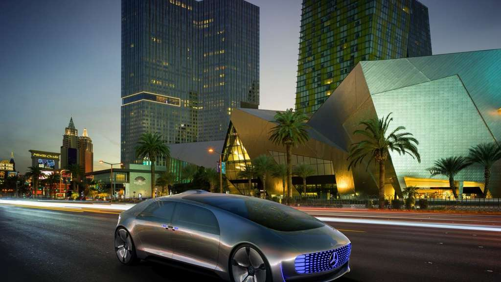 Das Konzeptauto Mercedes-Benz F 015 Luxury.